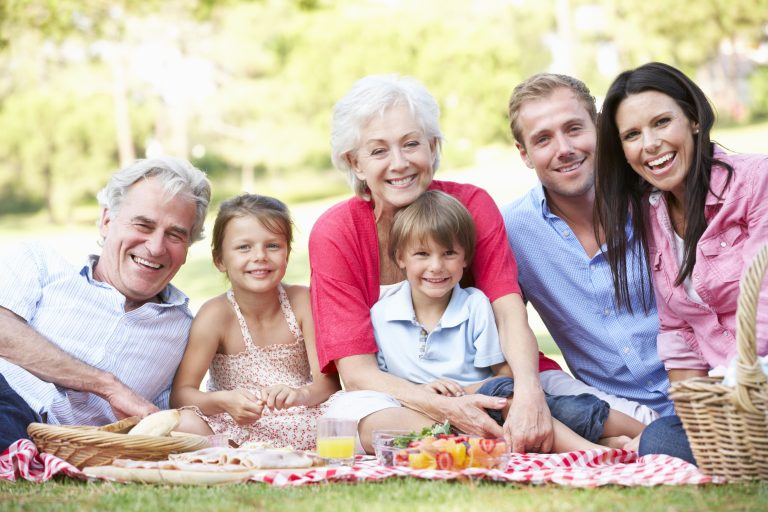3 Reasons Why It's Important to Have a Will, No Matter Your Age